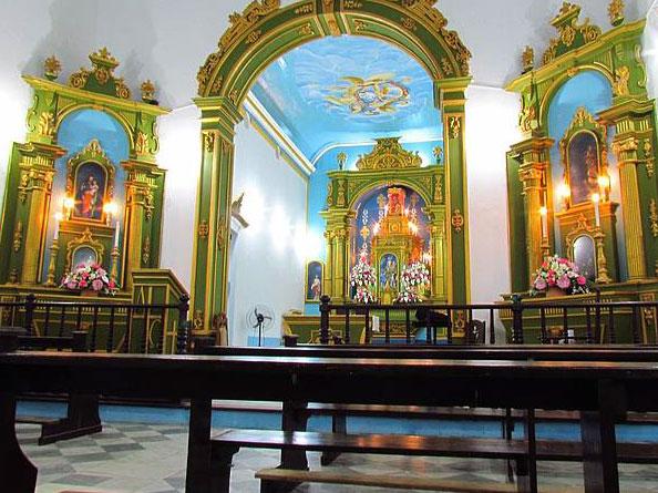 parte interna da igreja Morro de São Paulo Bahia